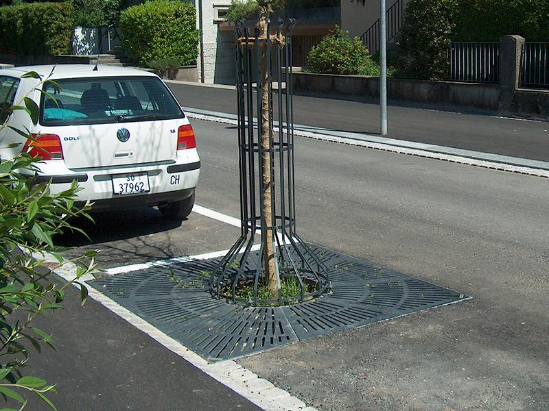 Griglia per protezione d'alberi