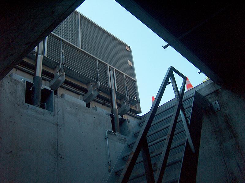 Bodentor mit Hydraulik (D400)