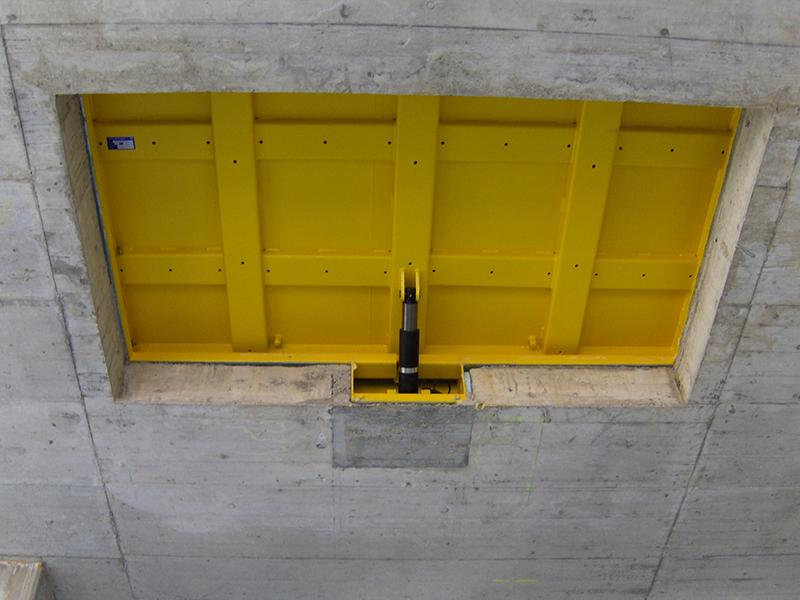 Trappes de sol hydraulique A15