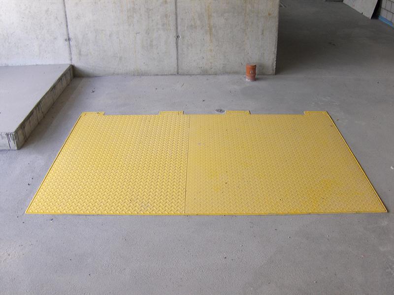Porte a pavimento idraulico A15