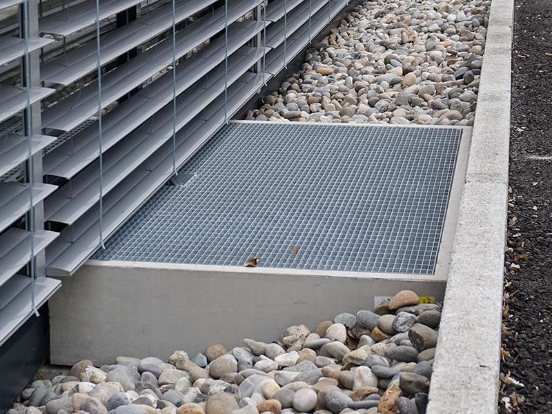 Metal grid A15