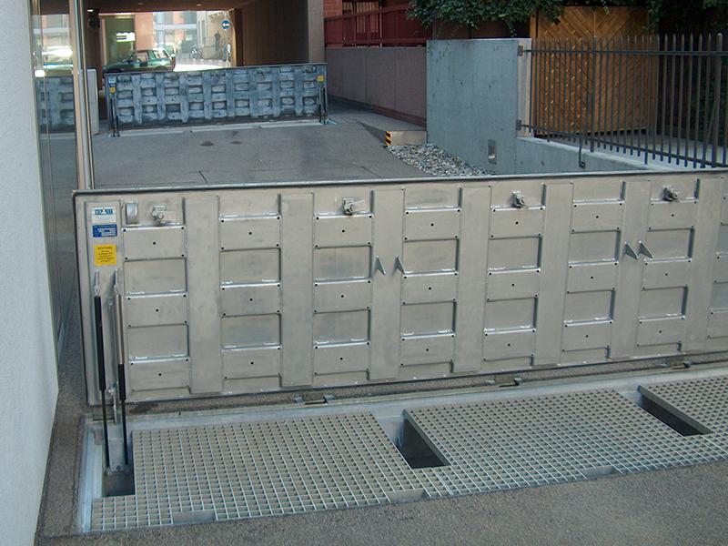 Couvercle EFC (RWA) avec ressort à gaz A15