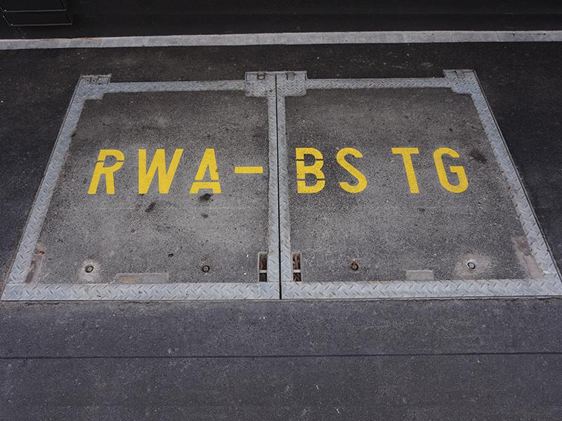 Couvercle EFC (RWA) avec ressort à gaz B125