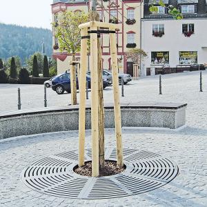 Baumschutzrost im Radialdesign